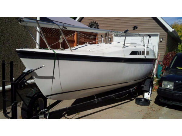 Used 1994 Other Macgregor 26 Sailboat