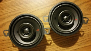 Kicker speakers New!