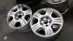 SELLING 4 MAG RIMS FOR FORD ESCAPE OR RANGER
