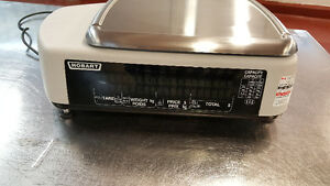 Hobart Quantum Commercial Scale With Printer London Ontario image 2