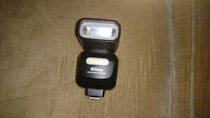 Nikon SB-500 Flash unit