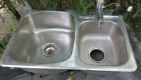 Stainless steel 1-1/2 sink with tap and hose