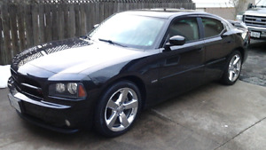 2010 Dodge Charger with 5.7 Hemi RT