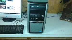 DESKTOP COMPUTER COMPLETE WITH WIRELESS PRINTER AND FAX