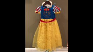 Snow White Costume - Size 4/5