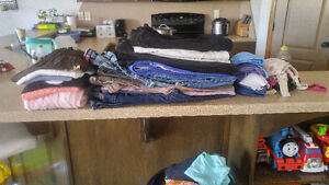 ASSORTED YOUTH GIRLS CLOTHES