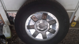 265/70/18 Goodyear Wrangler on GM rim
