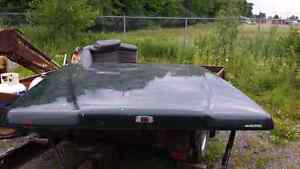 Short bed tono cover for full side truck London Ontario image 1