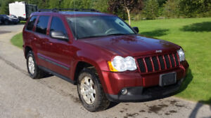2008 Jeep Grand Cherokee Leather, Rear DVD, Back up Camera
