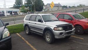 2003 Mitsubishi Montero SUV, Crossover