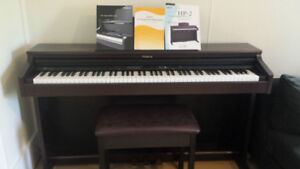 Roland HP-2 Electronic piano
