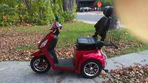 3 Wheel Scooter 350T Emmo 2016 Red  MUST SELL. Peterborough Peterborough Area image 1