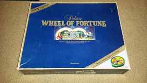 Wheel of Fortune Deluxe 1986 board game Kitchener / Waterloo Kitchener Area image 1