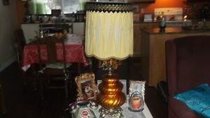 1960s VINTAGE LAMP