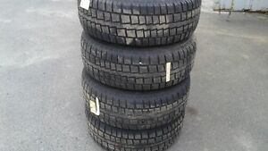 265/70R17 hiver Discoverer Cooper avec roues Ford F-150