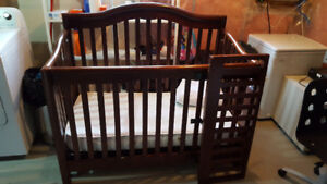 Crib and day bed