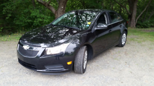 2014 Chevrolet Cruze 1LT Sedan, One Owner, like new !!