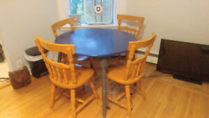 Round Solid Wood Dining Set (4 chairs)