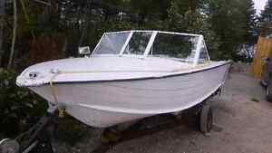 ***PRICE DROP*** Aluminium Boat, Motor and Trailer
