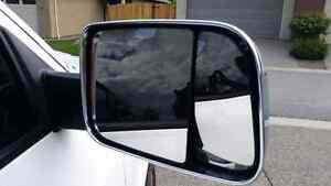 Ram 1500 Factory trailer tow mirrors.