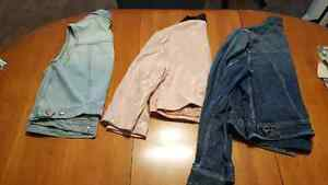Jackets and vest size L-XL Sarnia Sarnia Area image 4