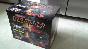 MotoMaster Eliminator Power Box 600 Stratford Kitchener Area image 1