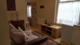 Fully Furnished Bedsit Flat Available Now £80pw ALL BILLS INCLUDED