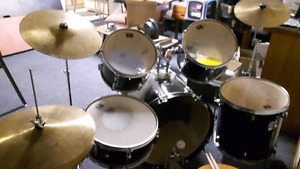 5pc CB Drum kit with Hi-Hat and Cymbals/Trade for Bass