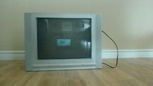 21' Tv In Excellent Condition For Sale From a Smoke Free Home