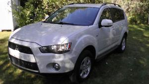 2012 Mitsubishi Outlander,V6,Low K,Awd,Clean CarProof