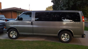 2009 Chevrolet Express 1500-8 Pass.-Great Condition