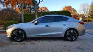 "18"" Mazda tire and rims / Pneus et mags Mazda 18 po"