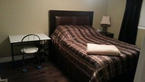 STUDENT TRADESMEN RETIRED single room for rent in Exec home Sarnia Sarnia Area image 7