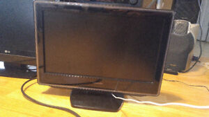"""19"""" Toshiba TV/ Monitor with HDMI input and internal DVD player!"""