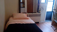 Montreal Chambre Indepandante/Furnished room  Metro Berri-UQAM