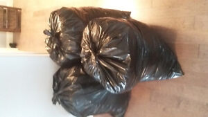 3 full garbage bags of women's extra large clothes
