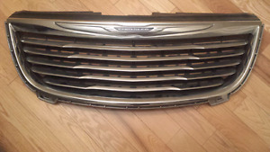 Chrysler Town and Country 2011  - 2017 Grille