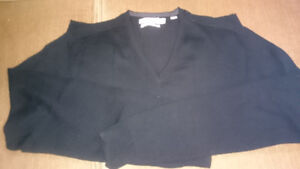 4 Men's Sweaters - Excellent Quality and Condition
