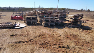 100+ Pallets  located in Seaview