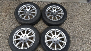 215/60/17 Michelin X ice winter tires on Aluminum Rims with TPMS