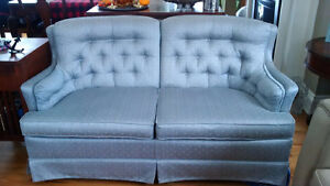 Classic style loveseat and chair