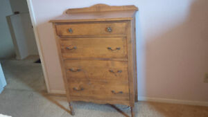 Dressers/tables/bed/bookcase