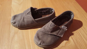 I have girls shoes/boots from size 8toddler to 13.5 Peterborough Peterborough Area image 4