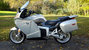BMW K1200GT... A SUPERBIKE IN TOURING ATTIRE. LOADED W OPTIONS