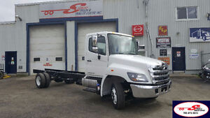 2017 HINO 258D-217-SS-A-H Cab & Chassis
