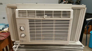 Great A/C Unit - get it before the weather warms up!