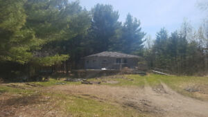 House and 3.4ac in Burnstown