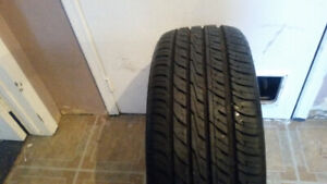 ONE ONLY 225 45 19 TOYO PROXES LIKE NEW 10 / 32NDS TREAD