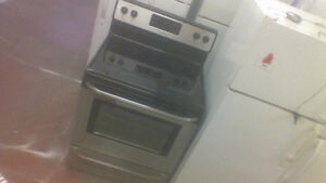 30'' Frigidaire S C Smooth Top Stainless Stove.