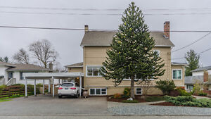 Beautiful 4 Bedroom 3 Bathroom Character Home In Central Nanaimo